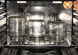 Как стерилизовать банки пустые и с заготовками - Фото-рецепты пошагового приготовления