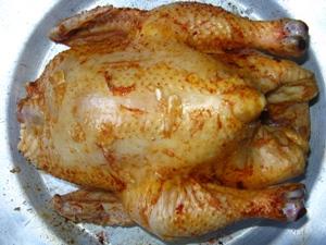 Курица на бутылке в духовке