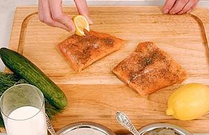 Рецепт приготовления красной рыбы в огуречно-укропном соусе