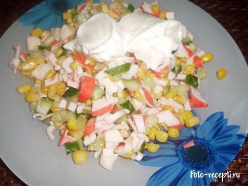 Рецепт приготовления салата с крабовыми палочками