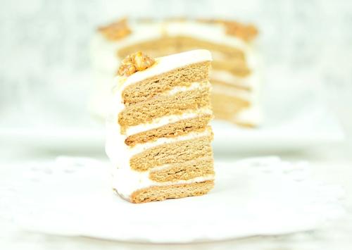 Медовик (медовый торт) с водкой