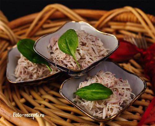 Рецепт приготовления салата из говядины с редькой и репчатым луком